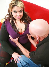Sweet BBW Tasha hooks up with a guy she just met and end up taking a huge wad of cumshot