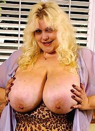 Creamy Plumper Tits