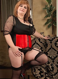 Patricia Gold - Curves In A Corset