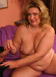 BBW CC sizing up a dick with her mouth before she jumps on top of it and takes it in her snatch